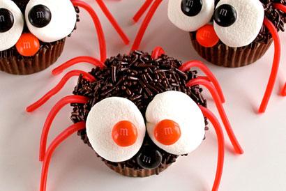 37_spider_cupcakes_l (1)